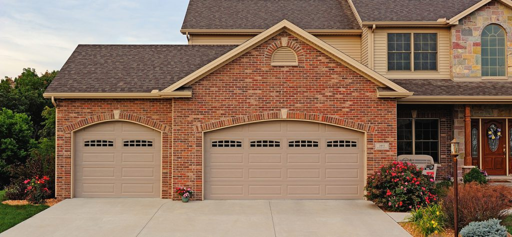 Traditional Garage Doors Amp Expert Installation Garage